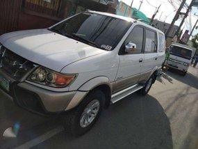 Isuzu Cross wind XUV 2010 model  for sale