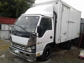 Isuzu Elf Close Van 4W Model 2013​ For sale