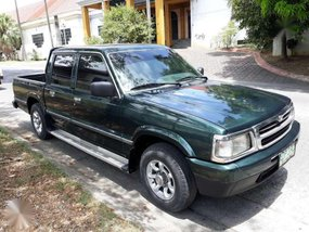 Well-kept Mazda B2500 for sale
