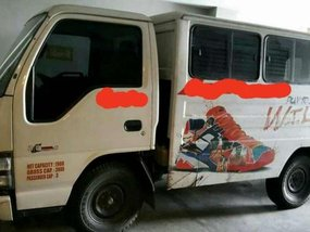 Well-maintained Isuzu NHr 2014 for sale