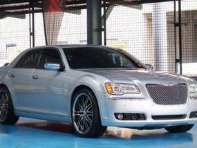 2012 Chrysler 300C 1.180M (neg) trade in ok!