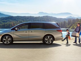 Best Family Vans & Minivans of 2018 in the Philippines