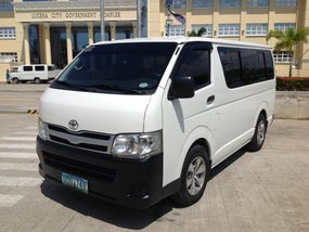 Toyota Hiace Commuter Van 2013 D4D 2.5L Diesel For Sale
