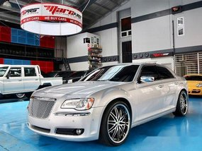 Good as new Chrysler 300C 2012 for sale