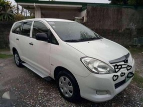 2012 toyota innova j white for sale