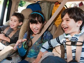 How to protect your car from kids' mess?