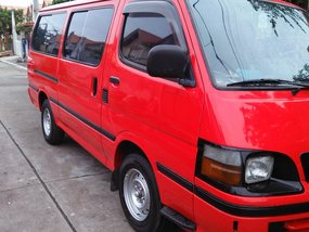 Toyota Hiace 2000 model Red Van For Sale