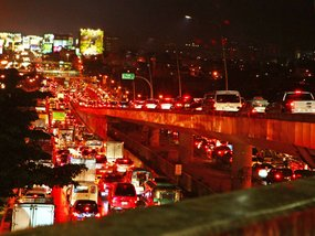 Best cars to be riding when stuck in traffic in Metro Manila