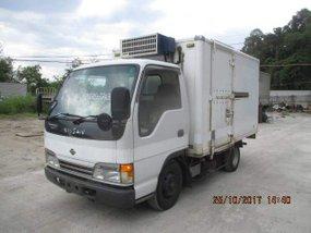 Isuzu Elf Refrigerated Van 4HG1 Engine 10ft For Sale