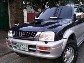 2000 Model Mitsubishi Strada 4x4 Manual transmission