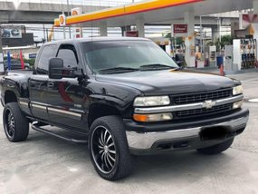 Well-kept Chevy Silverado 2000 for sale