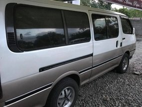 Toyota Hiace Manual Diesel 2000 For Sale