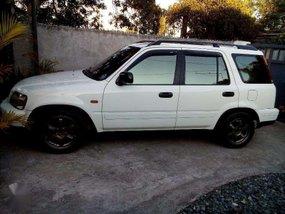 Honda Crv 97 model White m/t FOR SALE