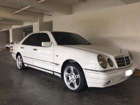 2000 Mercedes Benz E240 White For Sale