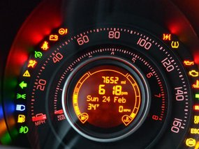 Car warning signs that Filipino drivers should know, or safety is compromised