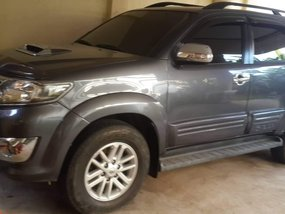 Lady owner 2013 TOYOTA FORTUNER