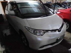 2009 Toyota Previa automatic Gas white