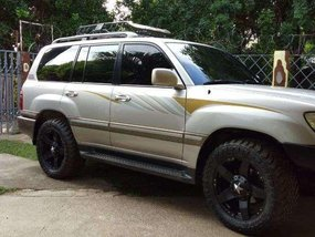 FOR SALE TOYOTA Land Cruiser 2000MODEL