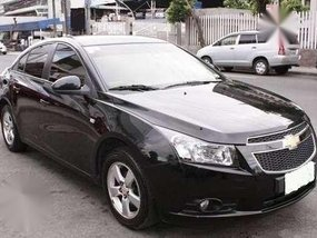 2013 Chevrolet Cruze . automatic . very smooth . like new