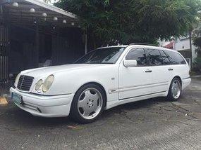 Mercedez Benz E320 1998 for sale