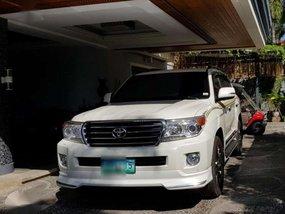 2014 Toyota Land Cruiser 200 low mileage