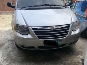 Selling my 2006 Chrysler Town and Country Touring