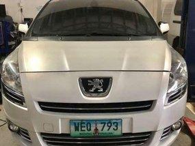 Peugeot 5008 2.0 turbo diesel 2015 model