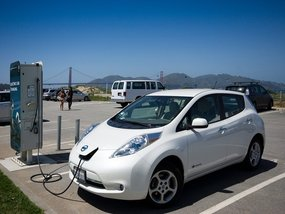 Pros & Cons of Buying Used Electric Vehicles