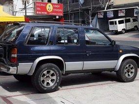 1996 4x4 Nissan Terrano gas manual