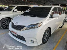 2019 Toyota Sienna se FOR SALE