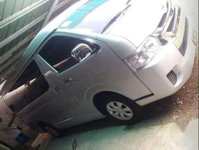 Toyota Hiace GL Grandia 3.0L Dsl MT FOR SALE