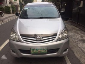 Toyota Innova 2010 J for sale