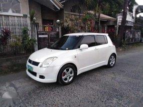 Suzuki Swift AT 2007 model. Rush sale 258k
