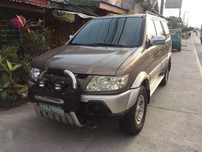 Isuzu Crosswind MATIC diesel sept 2005 FOR SALE