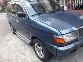 Toyota Revo 1999 manual FOR SALE
