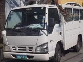 Isuzu fb Nhr 2010 FOR SALE