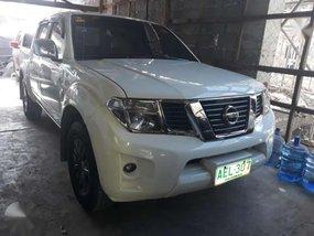 Nissan Navara glx 4x4 automatic 2014 for sale