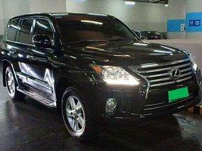 Selling Lexus LX 570 2013 Model.