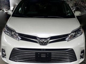 2019 TOYOTA SIENNA LIMITED FOR SALE