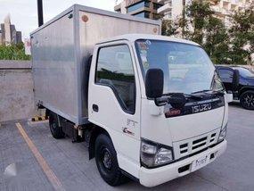 Isuzu NHR Aluminum Van 2016 830K Negotiable