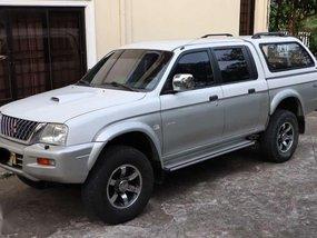 Mitsubishi Strada Pick Up 4x4 Diesel 2004 Model