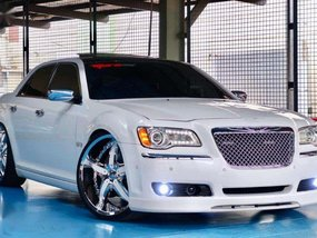 2014 Chrysler 300C PANORAMIC 1.980M (neg) trade in ok!