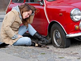 Driving on a flat tire: Signs, warnings & tricks for Pinoy drivers