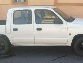 Toyota Hilux pick up 2002 for sale