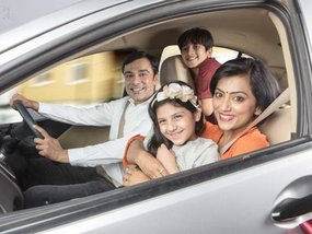 5 essential car gadgets that every parents need for their vehicles