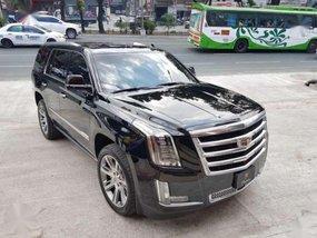 2016 Cadillac Escalade platinum swb 5500km