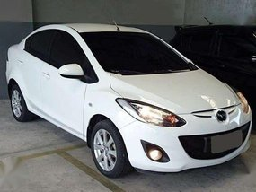 2011 Mazda 2 . m-t . mags . all power . airbag . very fresh