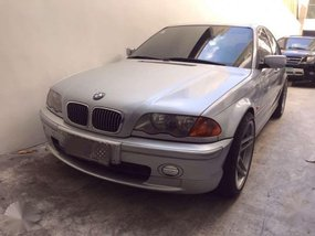 2000 series BMW 323i tiptronic for sale
