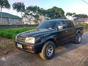 Mitsubishi Endeavor pickup 2000 for sale