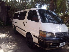 Toyota Hiace Van Manual Transmission 2003 for sale